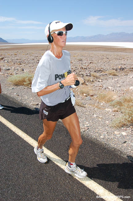 2006_-_pam_reed_running_106